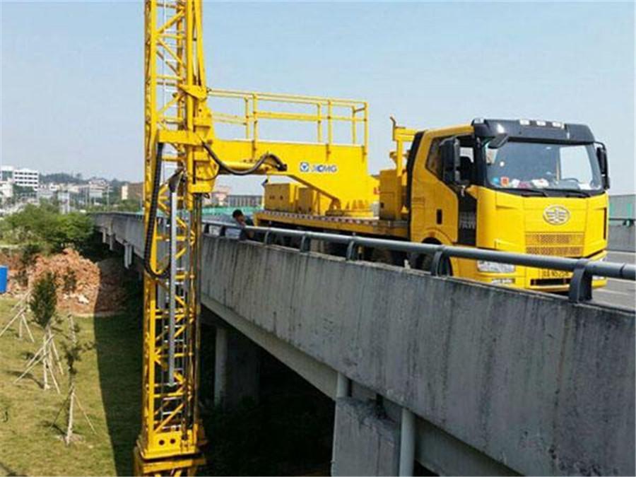 20米桥梁检测车出租